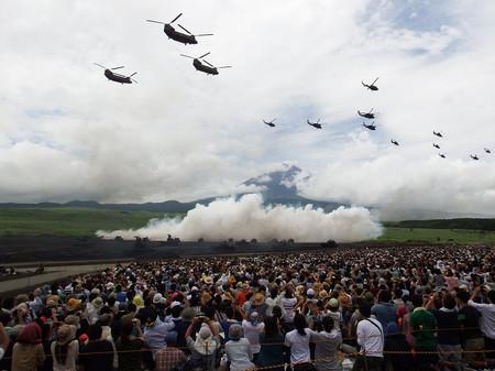陸上自衛隊・富士総合火力演習