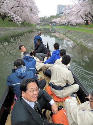 伊賀川にて(2015年4月3日)