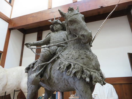 徳川家康公の騎馬像