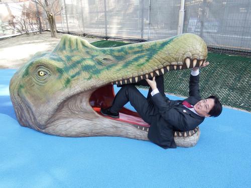 スピノサウルスと内田康宏