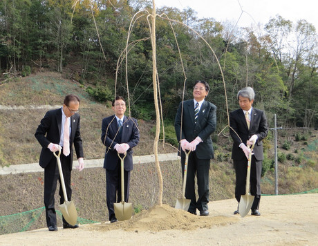 岡崎さくら100年プロジェクト・さくら寄贈式