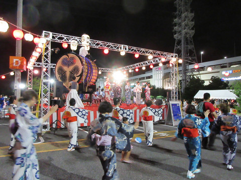 イオンモール岡崎の盆踊り大会